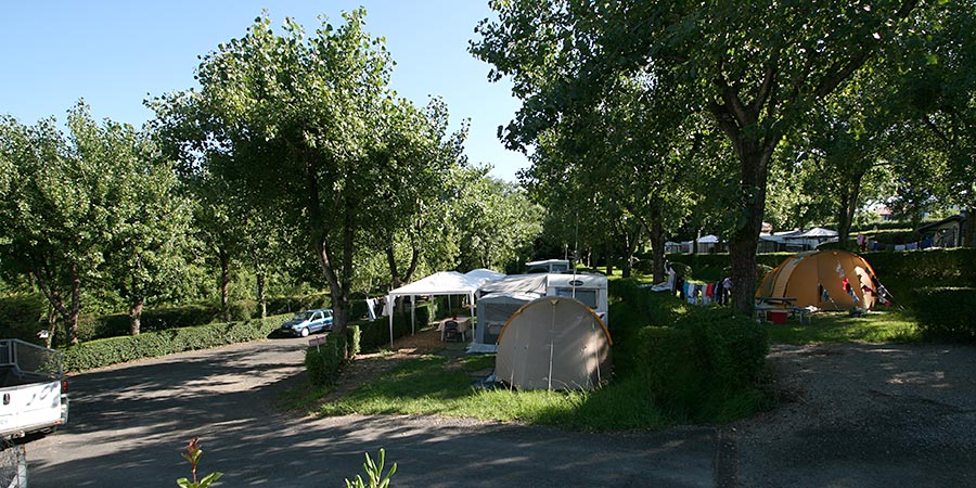 Emplacements - Camping Aire Ona